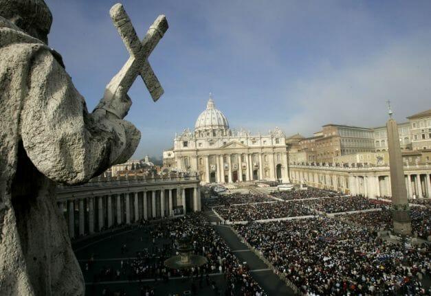 (Foto) Cum arată interiorul Vaticanului – casa celui mai puternic lider religios din lume