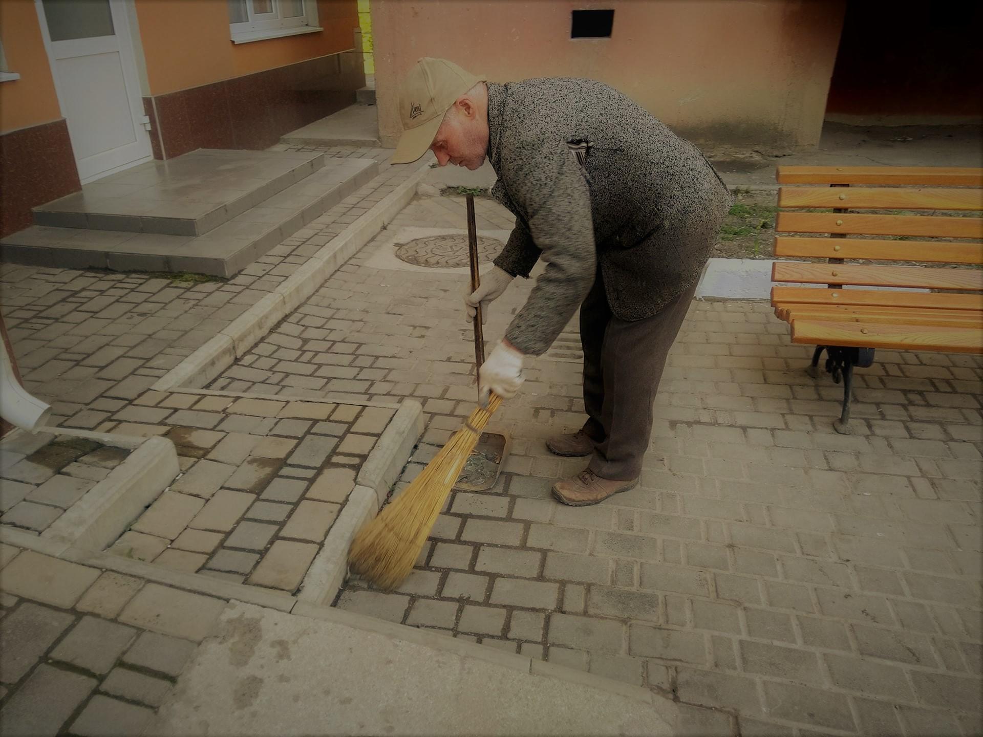 (Video) Reflecții matinale ale lui Moș Gheorghe