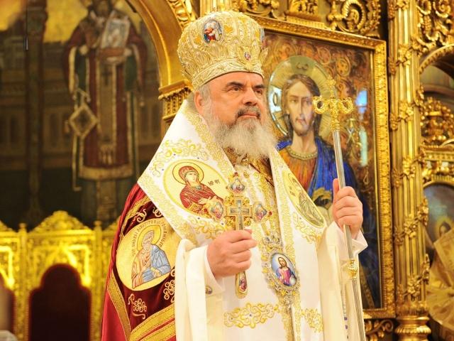 """Pastorala de Paști a Patriarhului Daniel:  """"Hristos este puntea care unește pe Dumnezeu cu oamenii, cu creația…"""""""
