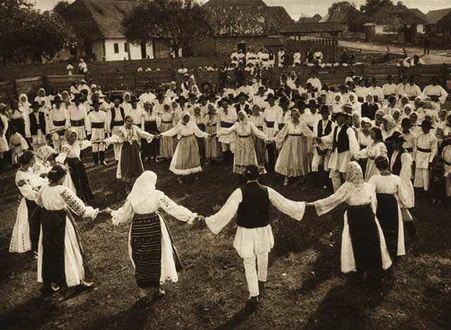 Obiceiuri ciudate ale românilor de acum 100 de ani