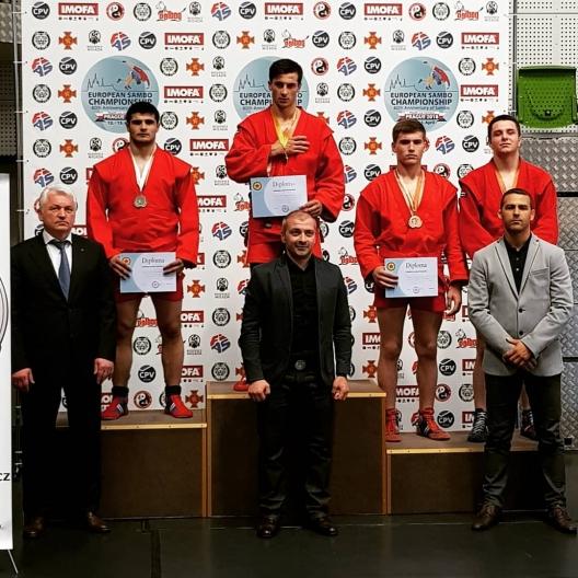La Campionatul European de Sambo selecționata Moldovei a obținut patru medalii