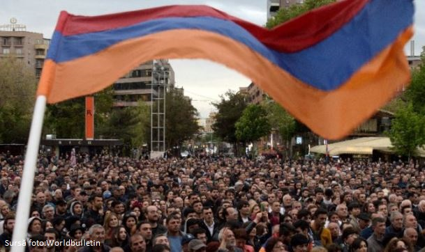 Cel puţin 46 de răniţi, în urma protestelor violente din Armenia împotriva fostului președinte Serj Sarkisian