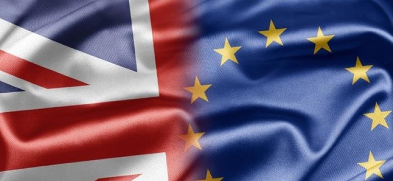 Marea Britanie amână ieșirea din UE cu trei ani