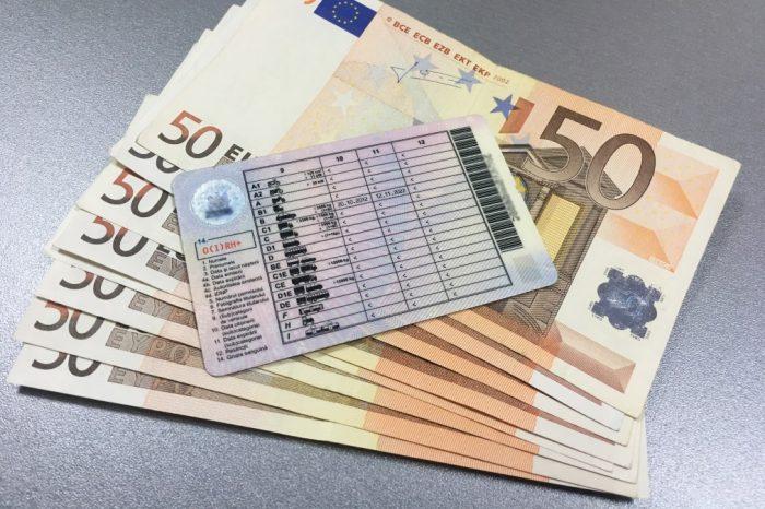 1.000 de euro per permis de conducere. Un bărbat din Bălți bănuit pentru trafic de influență