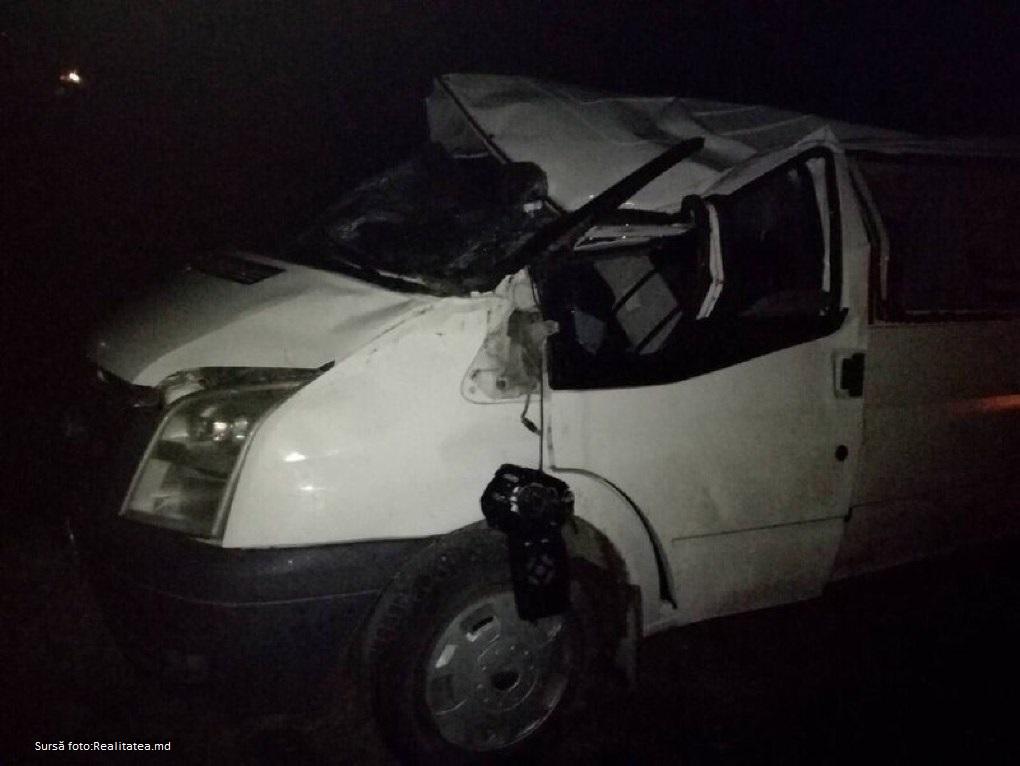 Accident fatal în orașul Sîngerei, șoferul a decedat pe loc după ce s-a răsturnat cu mașina