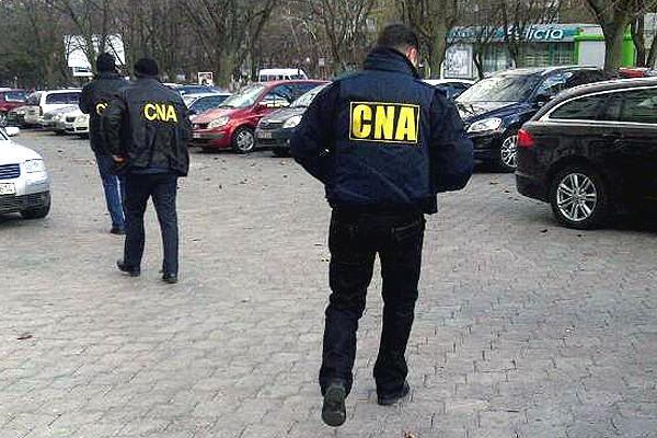 Un bărbat din Bălți, reținut de CNA pentru trafic de influență