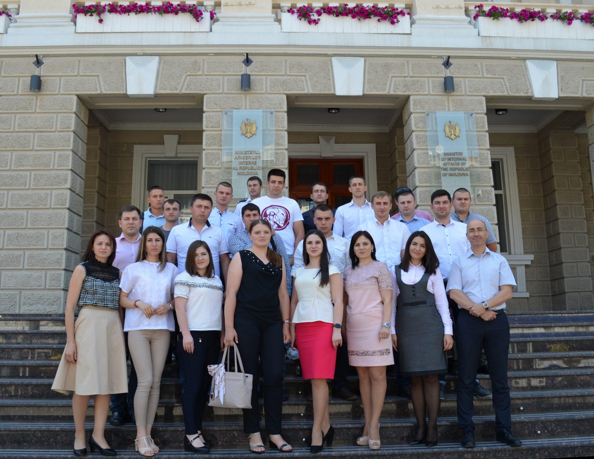 FOTO | Cursuri de instruire pentru angajații MAI în domeniul integrității instituționale