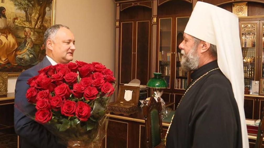 Anatol Moraru // Sondajele în R. Moldova sau frumoase-s nunțile-n colhoz