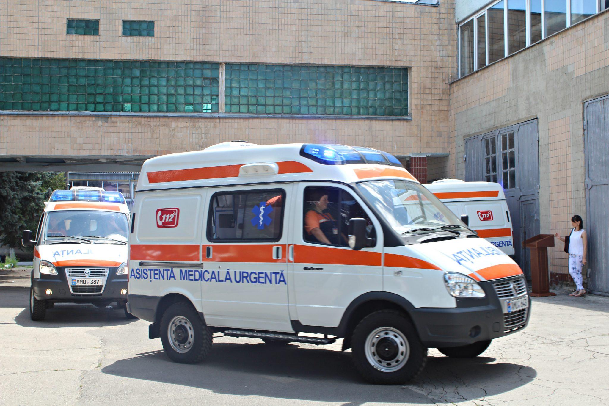 Ambulanțe noi de producție rusească pentru 10 localități din nordul republicii