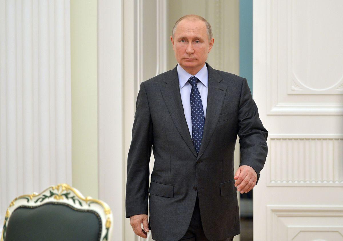 """Rusia va reacţiona """"extrem de negativ"""" la aderarea Ucrainei şi Georgiei la NATO"""