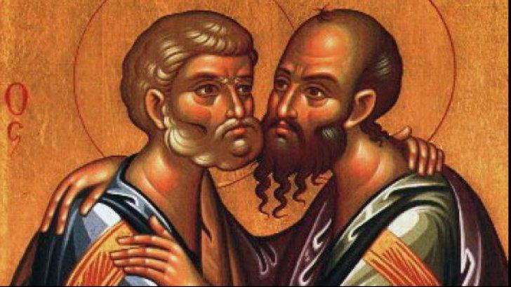 Cine au fost Apostolii Petru și Pavel?