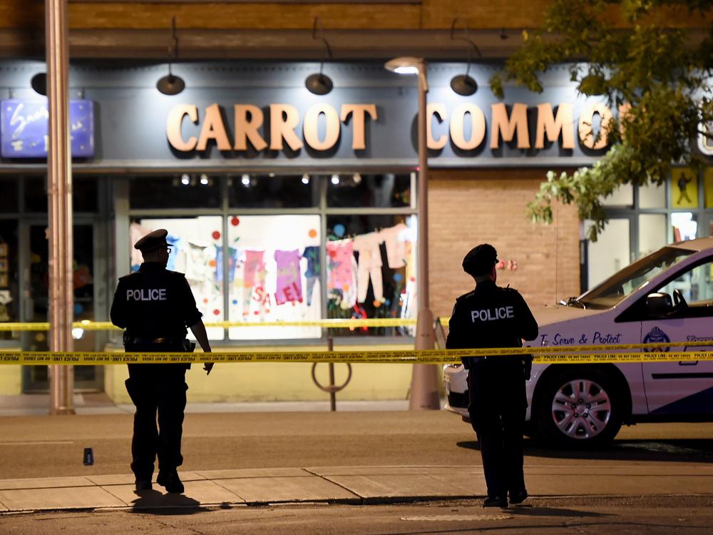 VIDEO | Doi morţi şi 13 răniţi în urma unui atac armat în Toronto