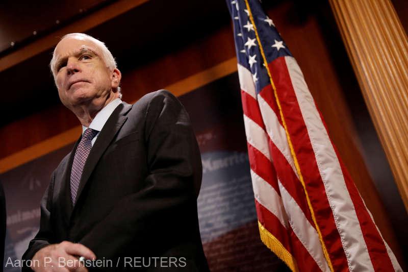 SUA: Senatorul republican John McCain a murit la vârsta de 81 de ani