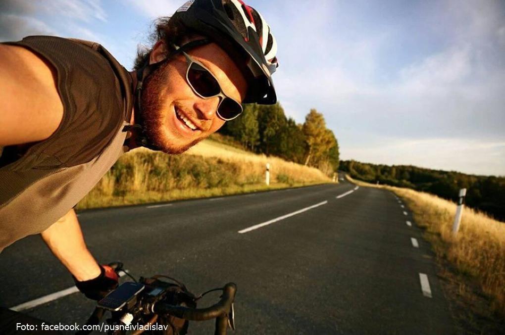 Vladislav Pușnei, tânărul moldovean care a făcut 11.200 de kilometri cu bicicleta, prin Europa
