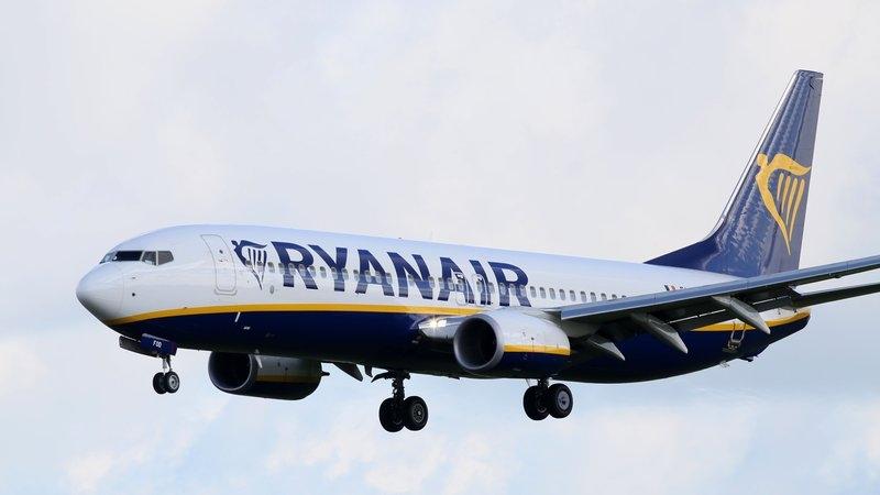 Un pilot Ryanair a leșinat în timpul unei aterizări forțate pe furtună