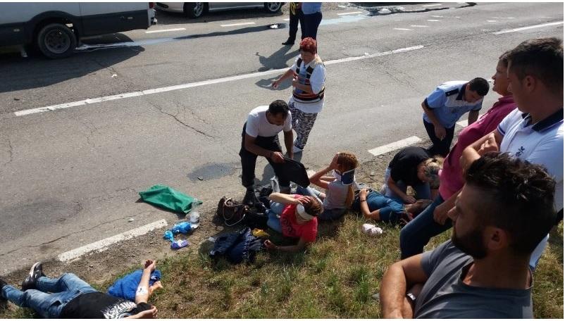 Accident în România cu implicarea unui microbuz din Republica Moldova