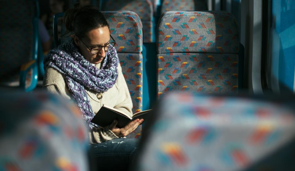 Transport gratuit pentru cei care citesc o carte