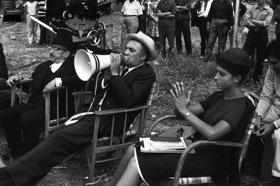 Virgil Botnaru // O zi ca într-un film de Fellini