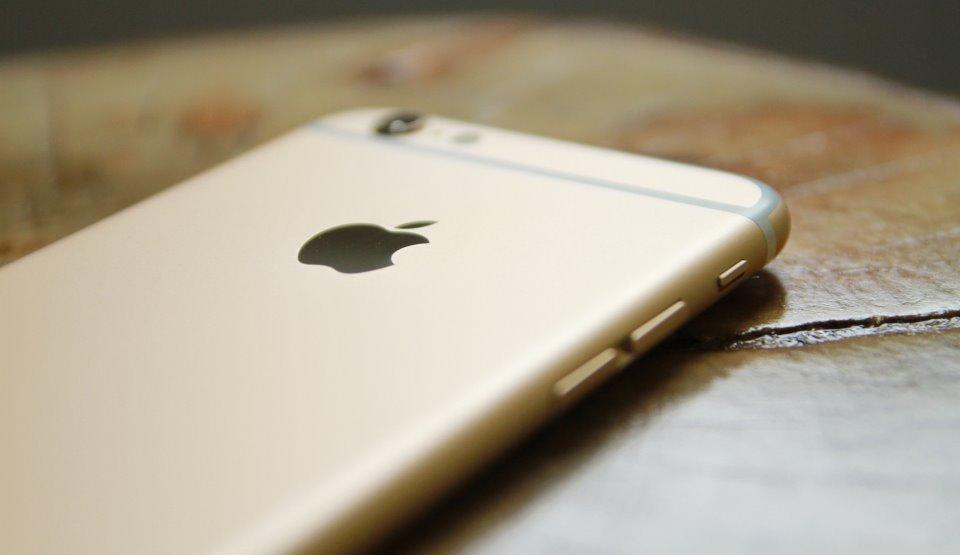 Apple recunoaşte problemele lui iPhone 8 şi de aceea oferă reparaţii gratuite utilizatorilor