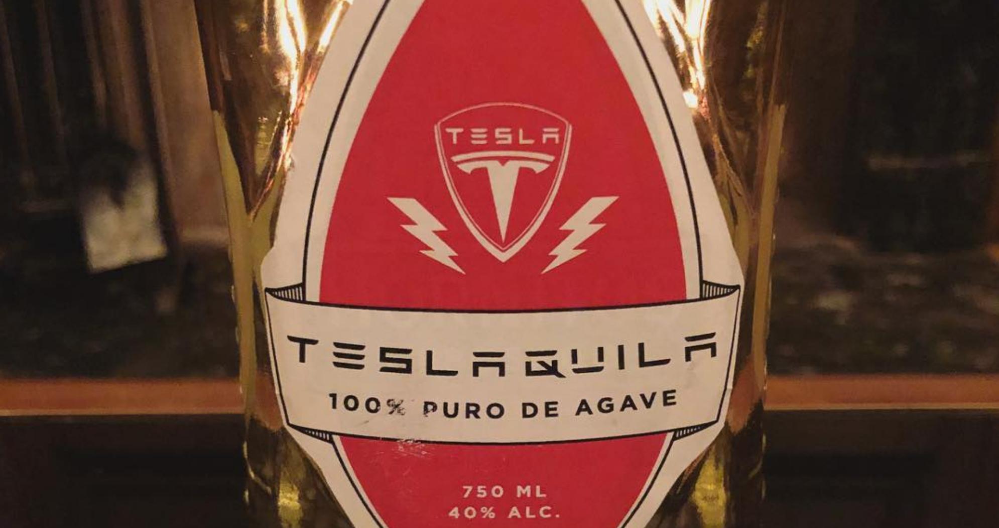 Tesla trece de la automobile la tequila