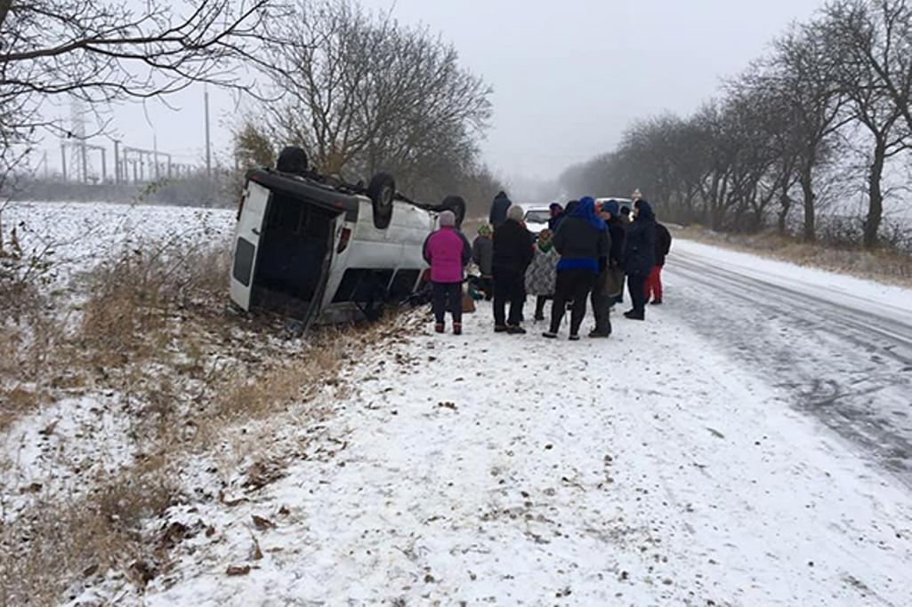 Водители потеряли управление. Более 23 человек оказались в больнице