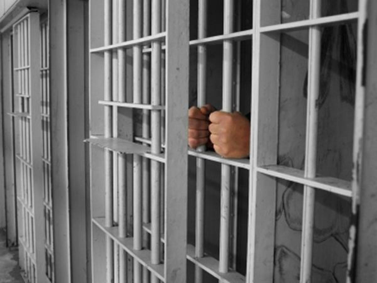 Au făcut bani pe seama copiilor, iar acum riscă 20 de ani de închisoare