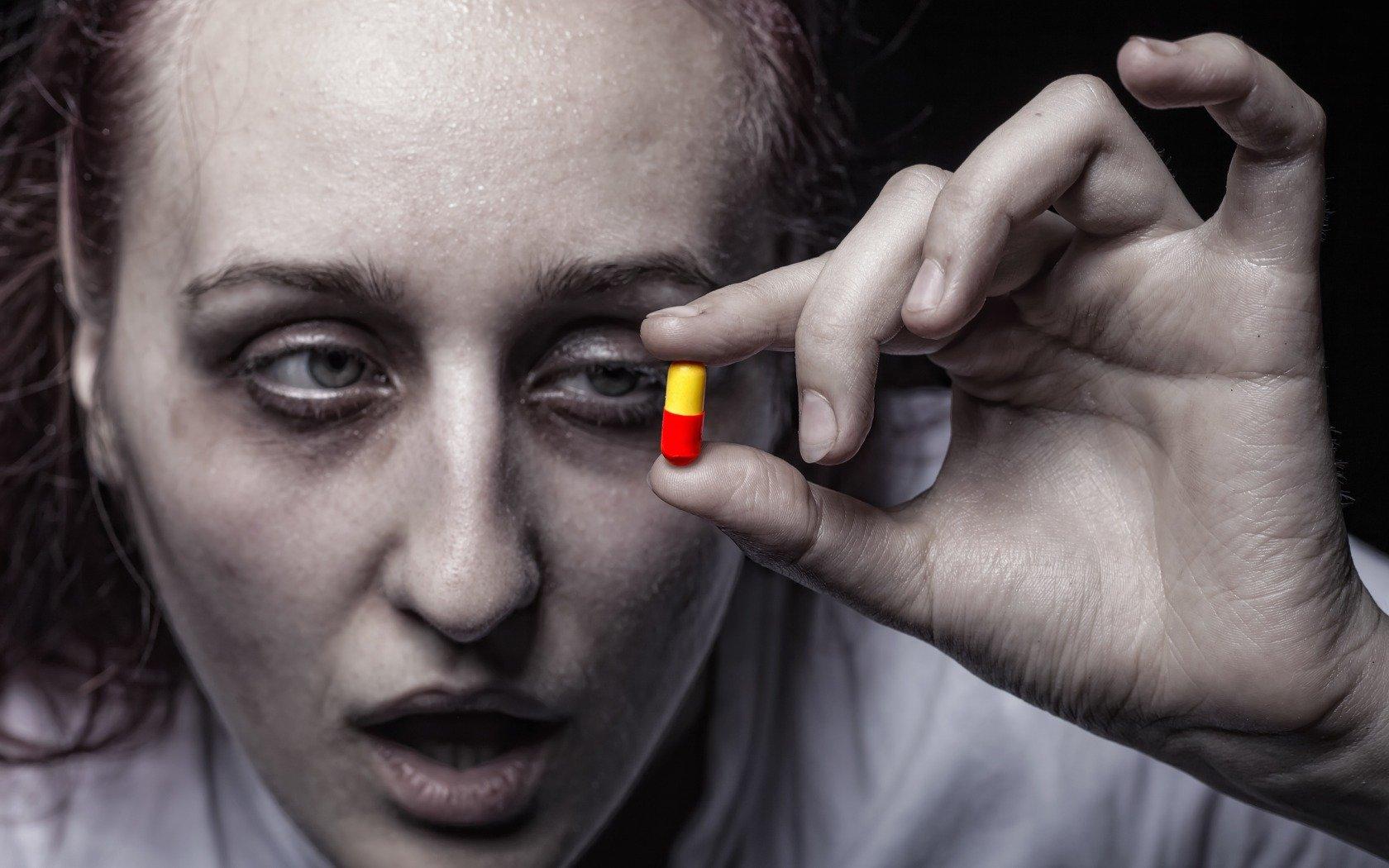 Dependența de droguri este o boală – și ea progresează.