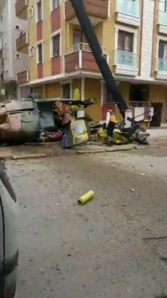 Un elicopter militar a căzut peste o casă în Istanbul