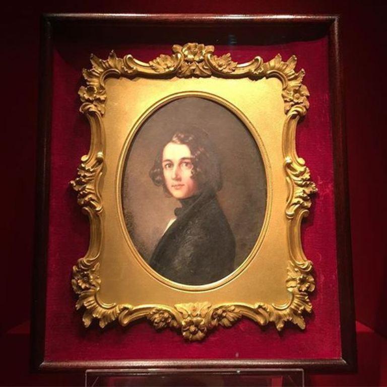 Portret al Dickens dispărut timp de 150 de ani, descoperit într-o piaţă de vechituri, expus la Londra