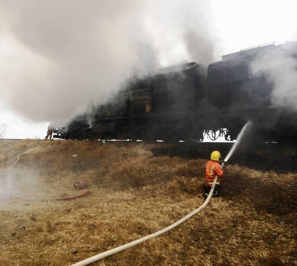 Două locomotive au luat foc la Ungheni