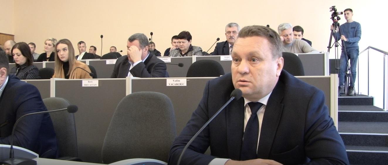 """""""Săgeți otrăvite"""" între Grițco și Iordan la ședința Consiliului Municipal Bălți"""