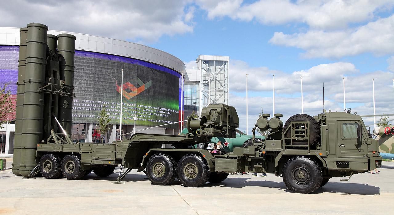 Moscova anunţă că va amplasa noi sisteme de apărare antirachetă S-400 în regiunea Crimeea