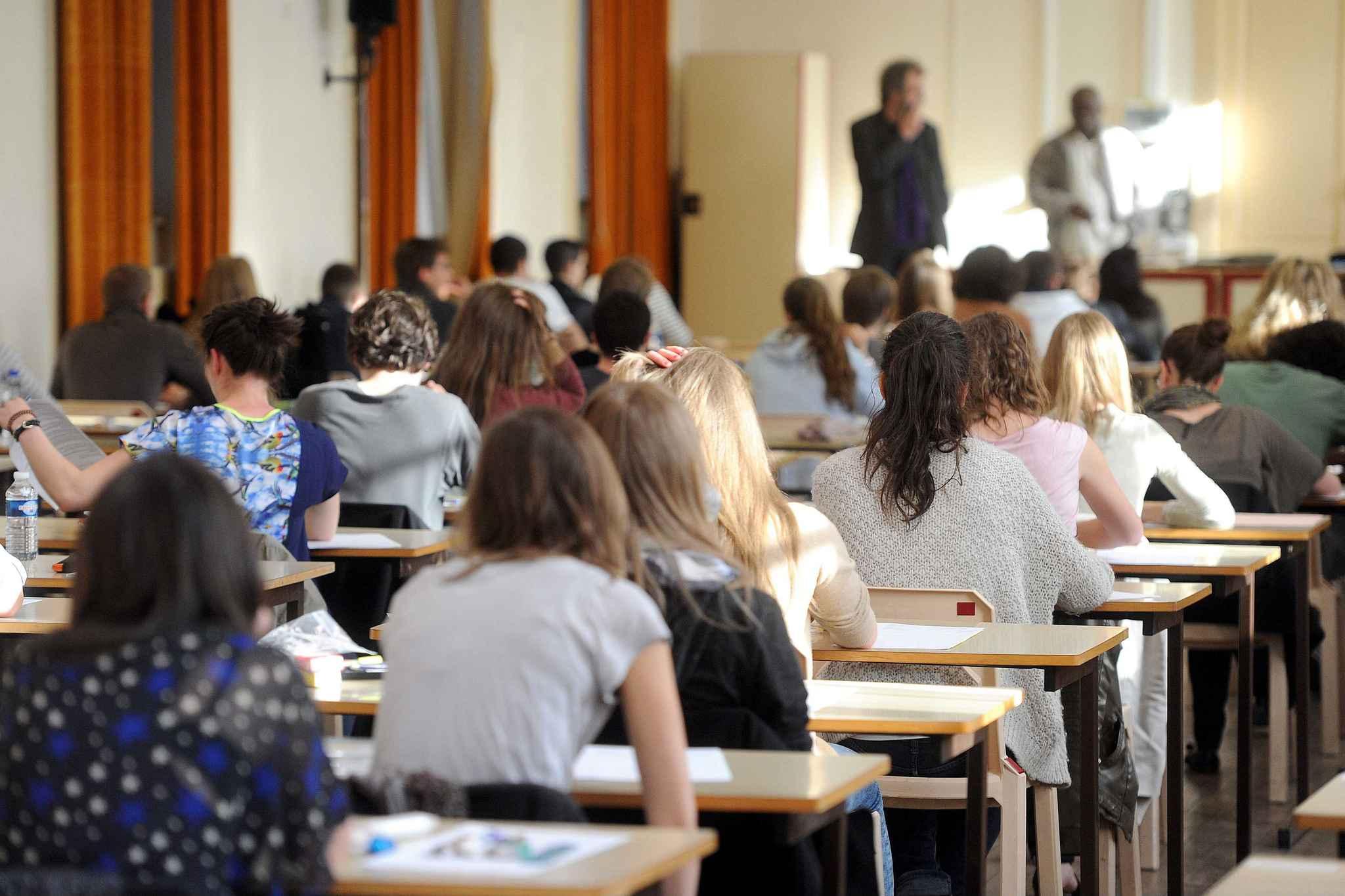 """Ministerul Educației, Culturii și Cercetării a dat """"dezlegare""""  la susținerea multiplă a examenelor de BAC"""