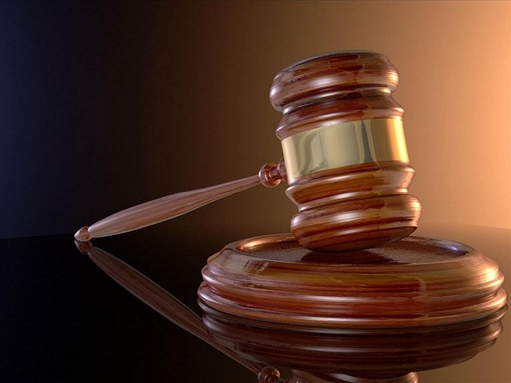 Unui fost judecător din Drochia i-au fost confiscate peste 6 mii de euro