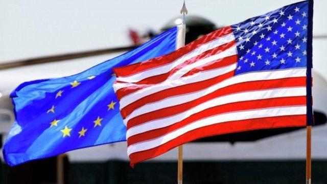 Comisia Europeană cere Statelor Unite să elimine vizele pentru toate ţările UE, inclusiv pentru România