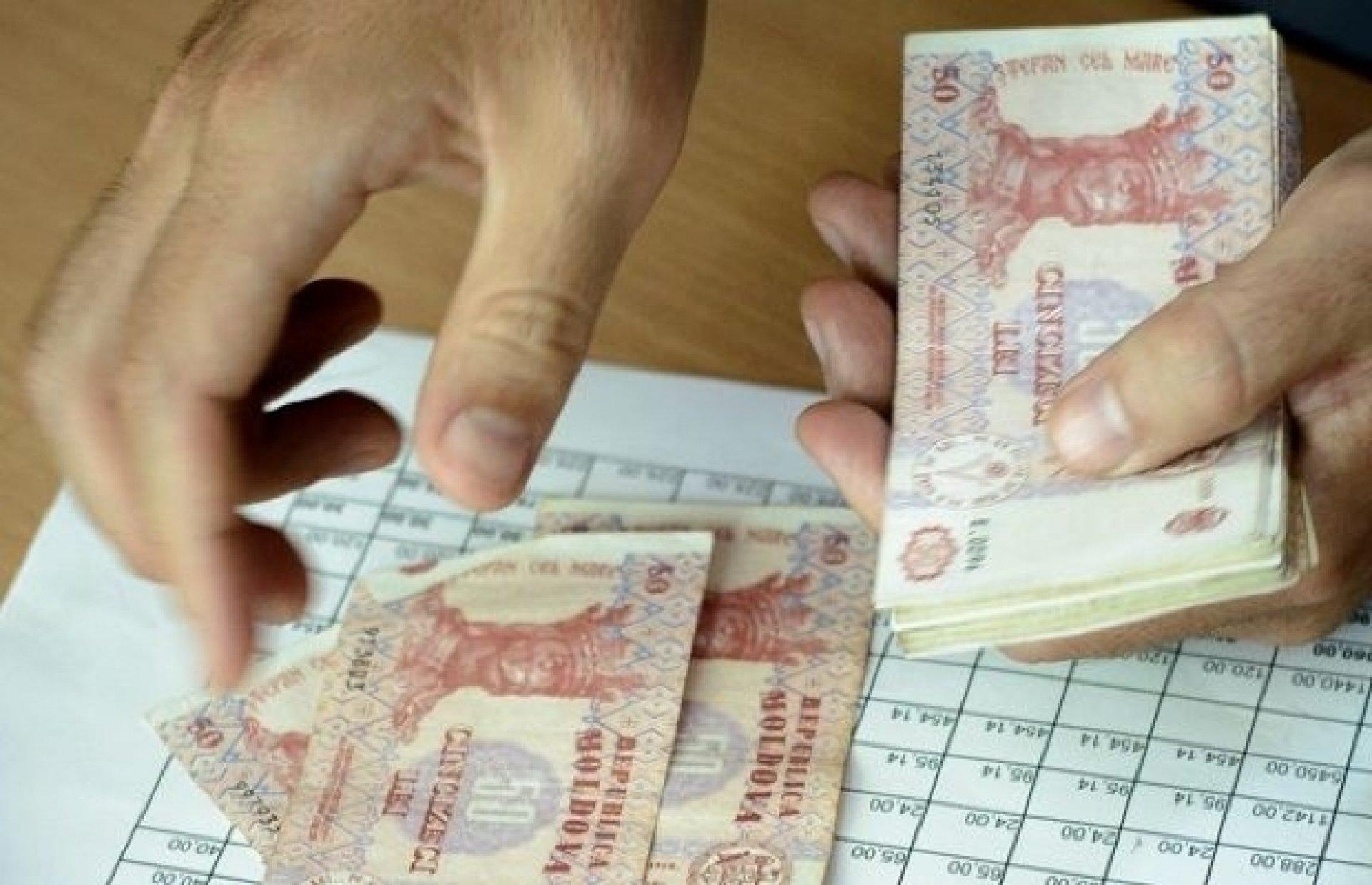 Directorii grădinițelor, avertizați să nu ia bani pentru matinee