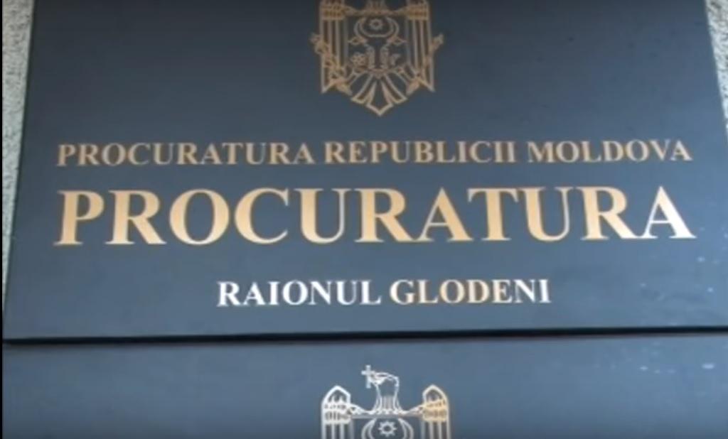 Un procuror din Glodeni, trimis în judecată pentru abuz de serviciu și fals în acte publice