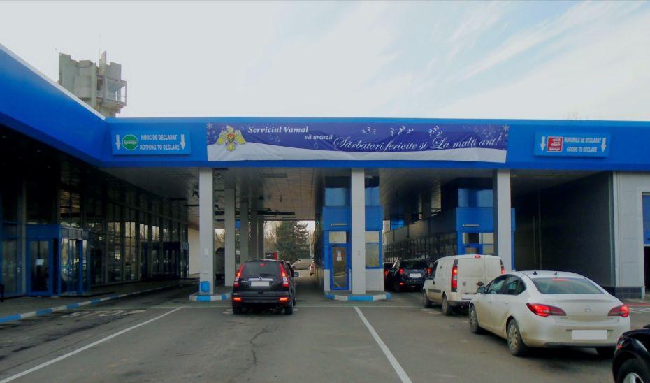 Moldovenii se întorc acasă. În 7 zile au fost înregistrate peste 350 000 de treceri la frontieră