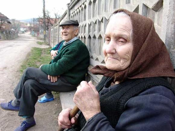 Unele categorii de pensionari pot solicita reexaminarea pensiei