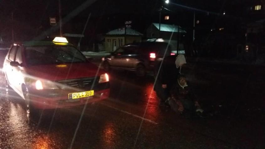 Бельцы: пешехода сбило такси