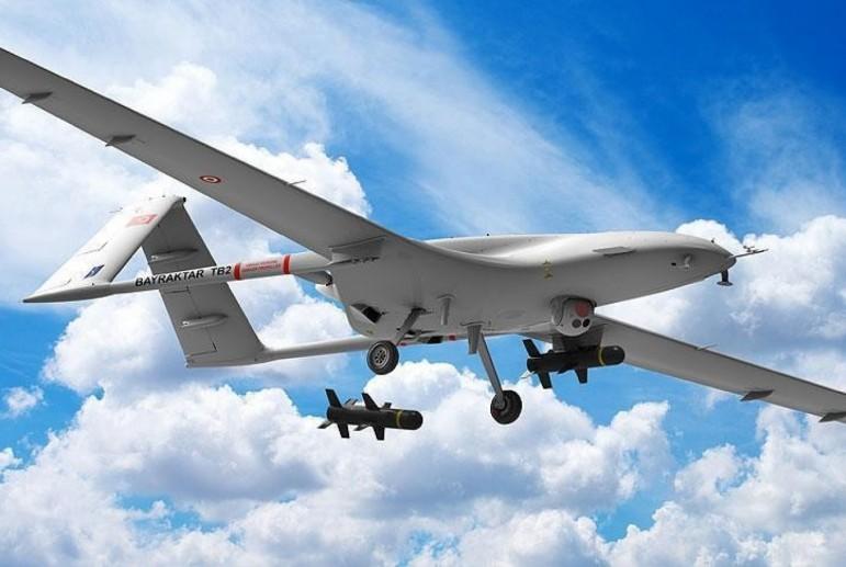 VIDEO | Ucraina continuă să-și modernizeze armata. Statul vecin va cumpăra drone turcești, care vor transporta muniții ghidate