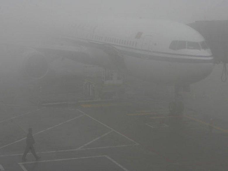 Zece curse anulate și întârzieri de zboruri pe Aeroportul din Chișinău