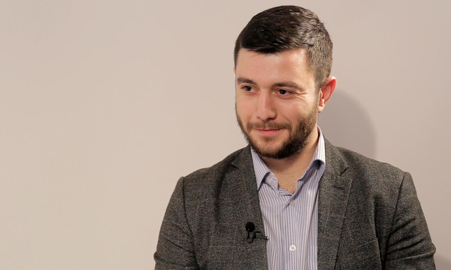 Interviu // Sergiu Burlacu: E timpul să lăsăm orgoliile la o parte, altfel, am putea să ne trezim cu o dictatură