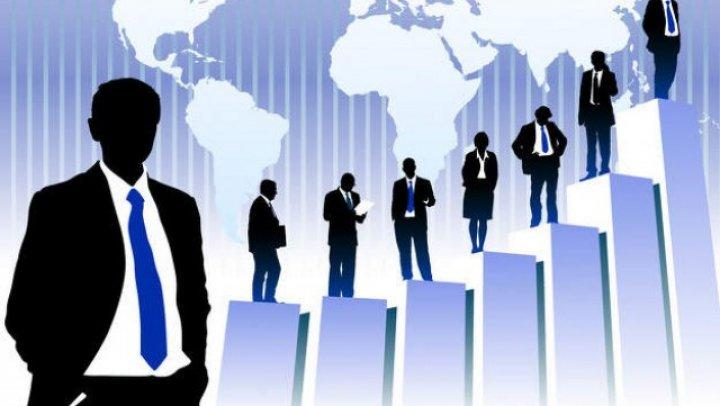 Oamenii de afaceri, nemulțumiți de o modificare a Codului muncii. Se cere moratoriu pe aplicarea articolului modificat