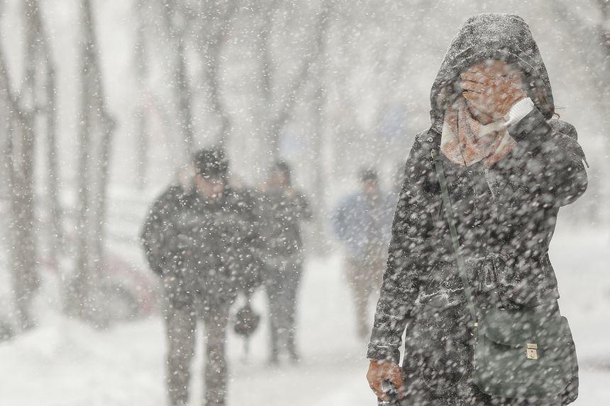 Revin ninsorile și gerul pe timp de noapte! Temperaturile aerului vor scădea până la -12 grade