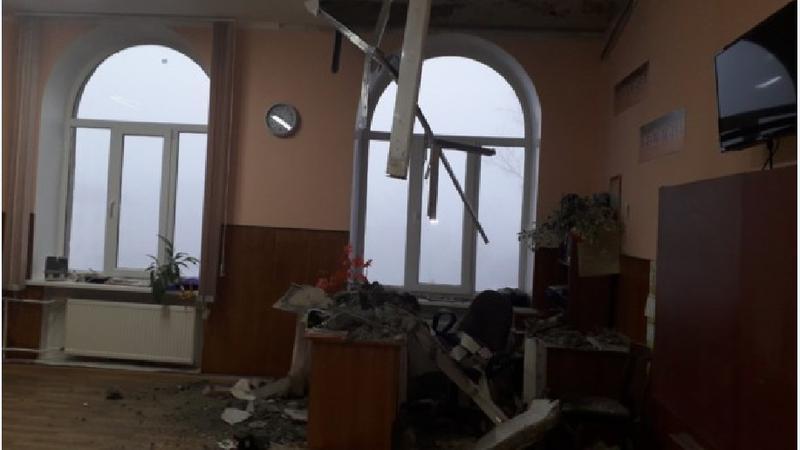 Guvernul alocă 3 milioane de lei pentru reparația acoperișului avariat al liceului din Bălți