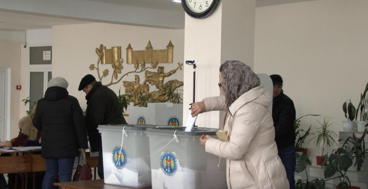 LIVE | UPDATE: Patru partide acced, deocamdată, în viitorul Parlament, conform rezultatelor preliminare  prezentate de CEC