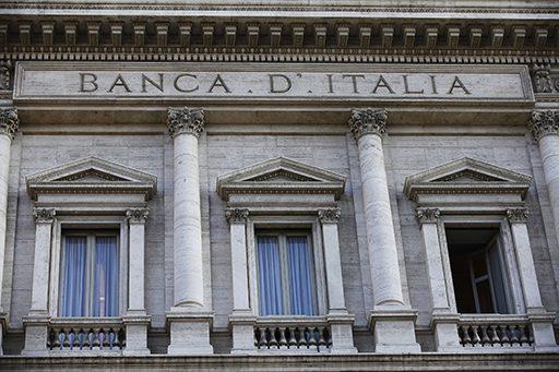 Italia va impune noi reguli băncilor
