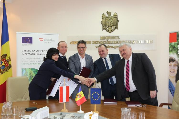 Nouă milioane de euro din partea Uniunii Europene pentru dezvoltarea zonelor rurale