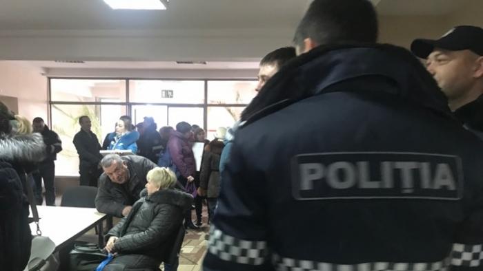 Poliția declară că e gata să asigure desfășurarea exemplară a alegerilor în nordul republicii